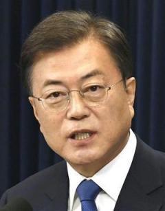 韓国 さん『文大統領』への罵詈雑言止まらない、人間味を感じない。。。