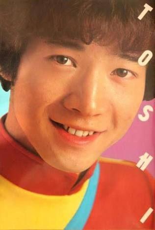 『田原俊彦』ミニスカ姉ちゃんとデートしている姿をパシャられる