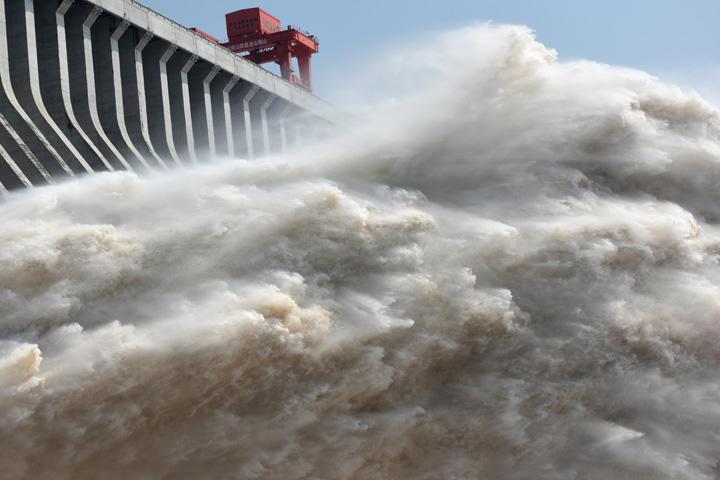 もう崩壊してんじゃね?『三峡ダム』共産党系メディアも報じ始めた。